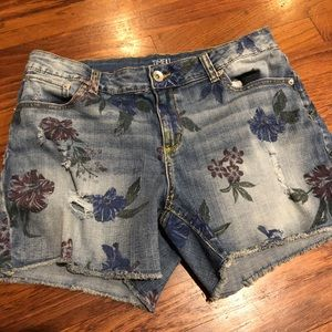 Floral Denim Cut off Jean Shorts Size 14